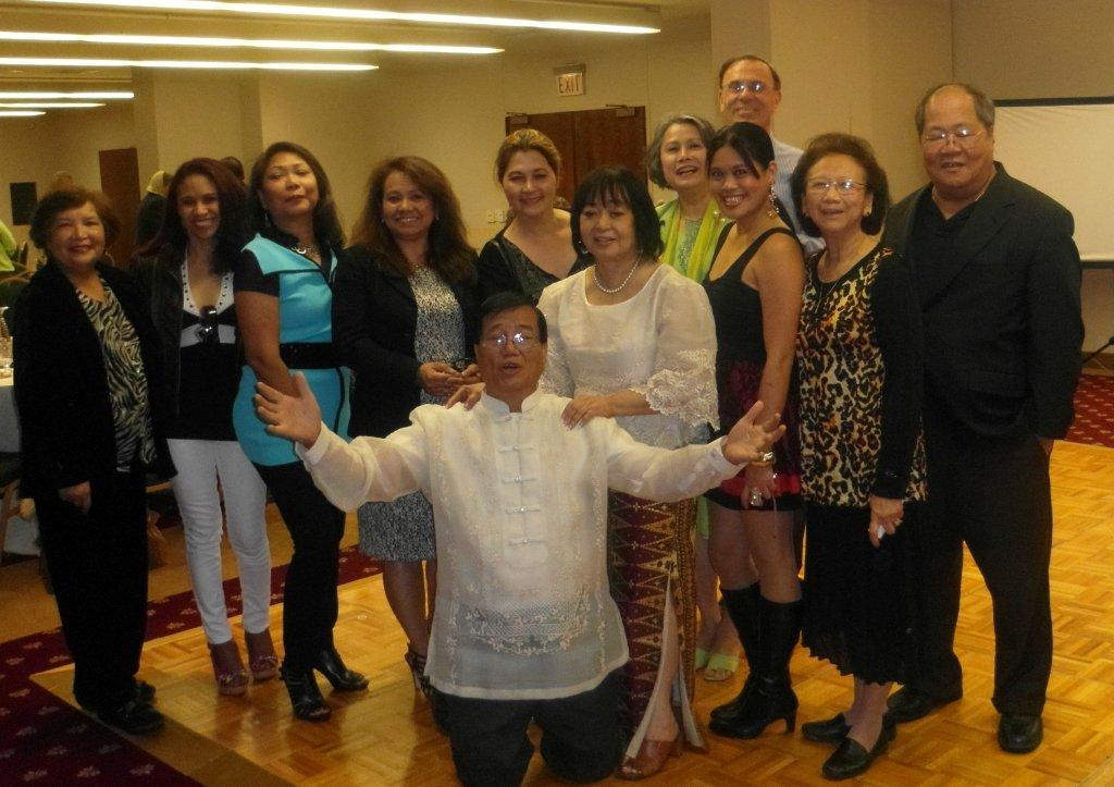 filipino americas Article summarizing the history and contemporary characteristics of the filipino american community.